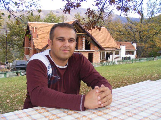 Од ковид-19 почина младиот македонскиот музичар Гоце Талевски
