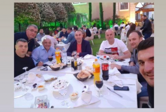 Артан Груби им се смее во лице на Филипче и Заев, ќе добие ли кривична за кршење на мерките?