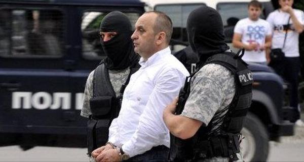 """Љубе Бошкоски ја испровоцирал реакцијата на полициките """"алфи"""", бегал и пружал отпор"""
