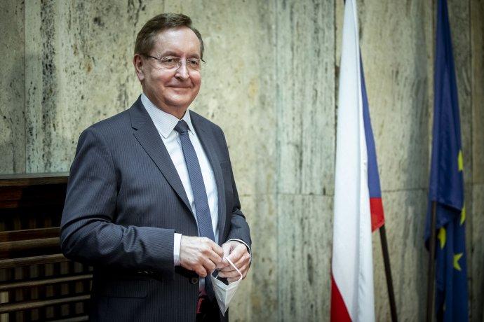 Четврта министерска жртва на пандемијата: Уште еден министер за здравство на Чешка поднесува оставка