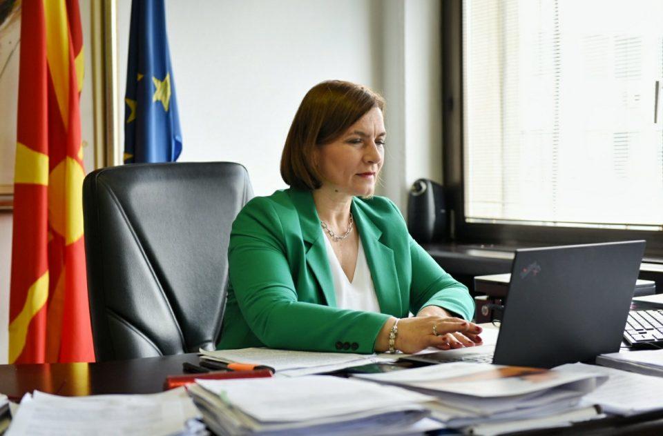 Шахпаска ја испофали владата пред ММФ: Зачувавме 80 илјади работни места