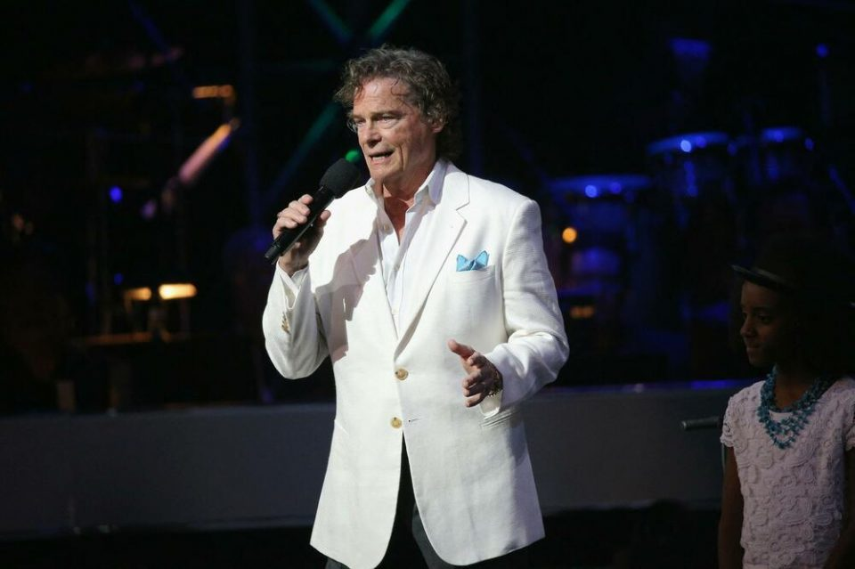 Почина човекот кој направи еден од најголемите хитови: Сите сме ја чуле оваа песна
