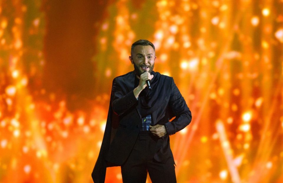 """Боли ме к*рац за негативните коментари, """"Евровизија"""" е секта и политичка манифестација"""
