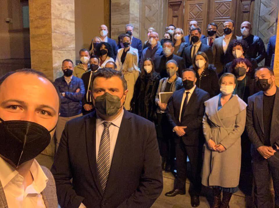 Мисајловски: Владејачкото мнозинство денес ги одби предлог законите за основно образование, здравствена заштита, за служба во армија и за тутун од ВМРО-ДПМНЕ