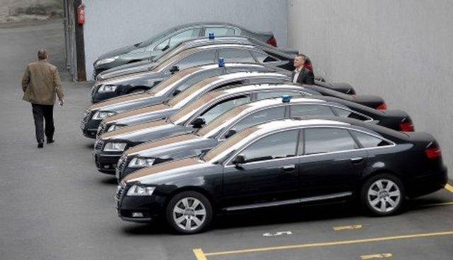 Владата ќе си купи 45 возила