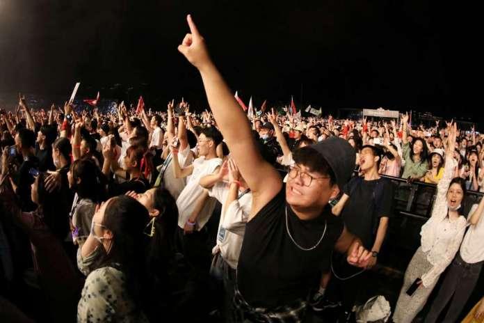 Во Вухан се одржа музички фестивал со единаесет илјади посетители