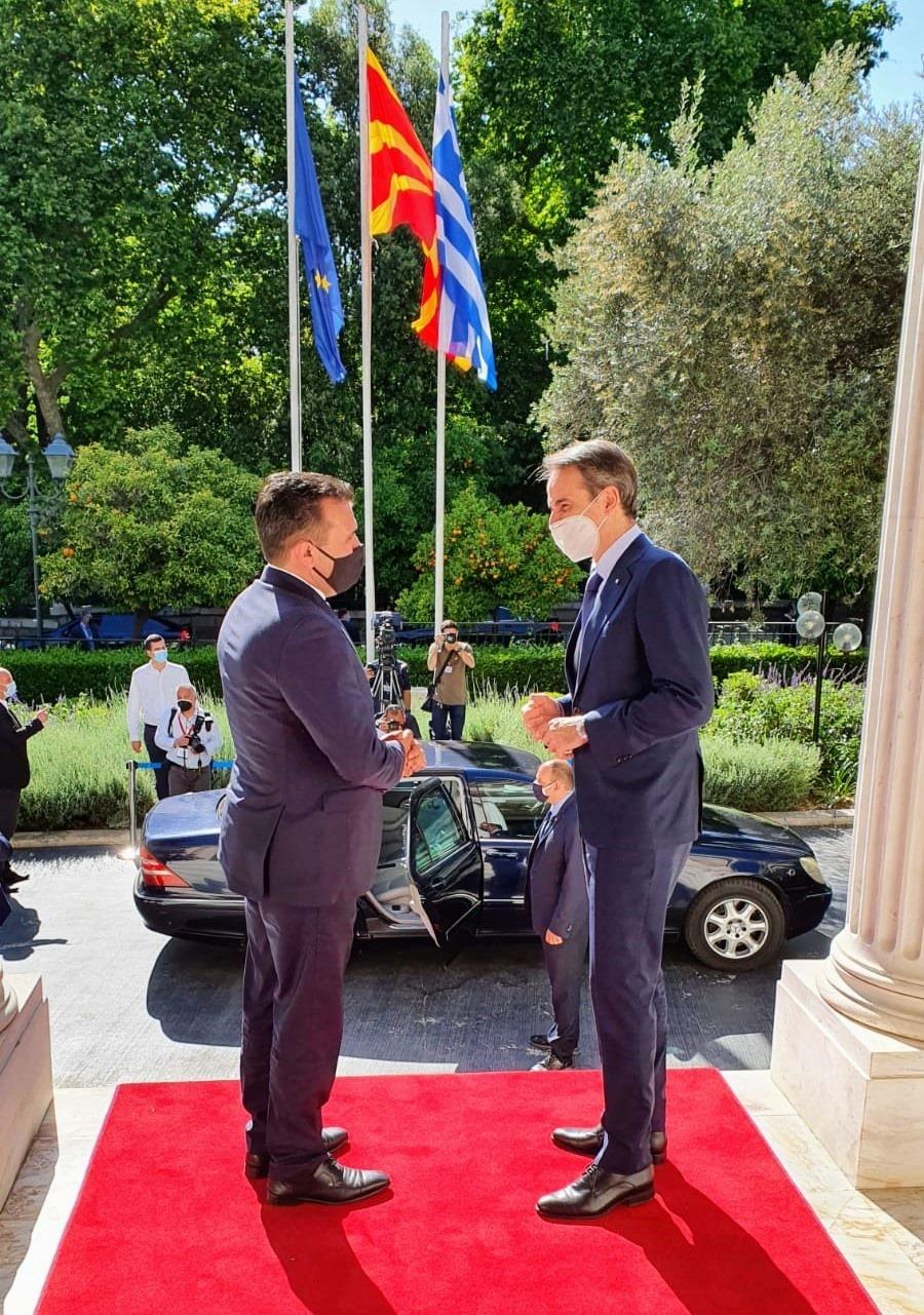 Утре се отвора границата со Грција, најави Заев по средбата со Мицотакис