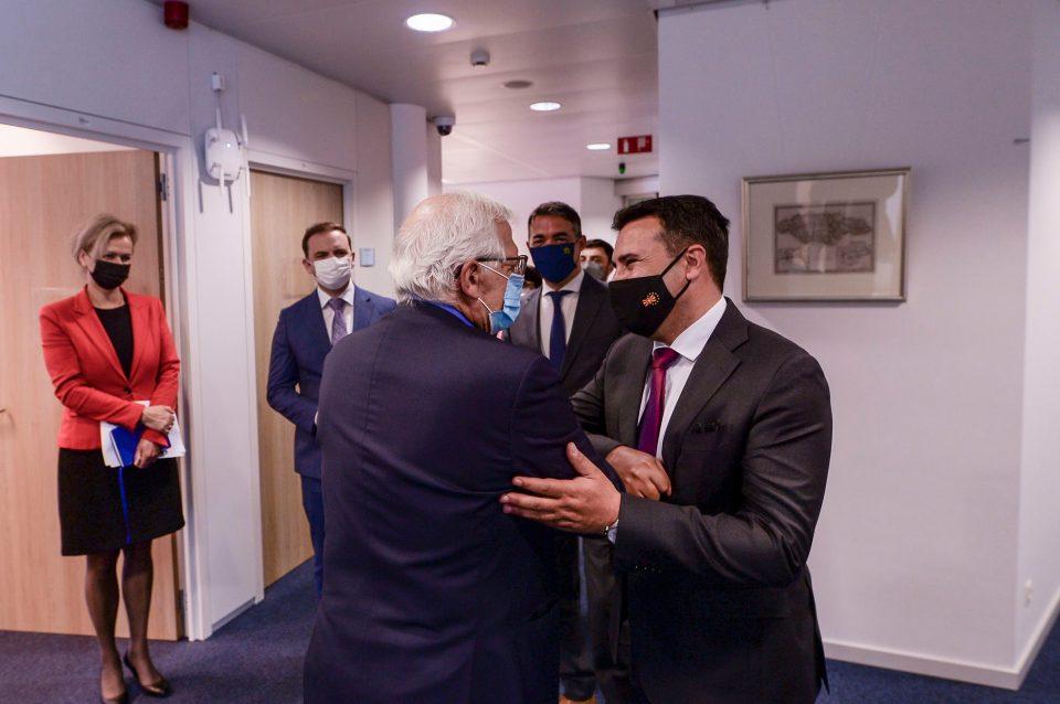 Заев: Имавме успешна посета на Брисел