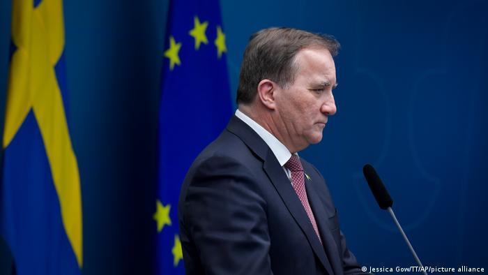 Првпат во историјата изгласана недоверба на еден шведски премиер