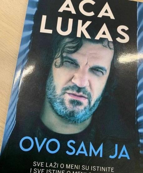 Аца Лукас: Ѓингиќ е предавник, пеев на денот на неговиот погреб