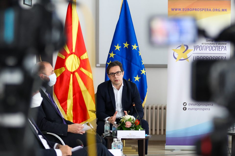 Пендаровски: Клучниот проблем на ЕУ е носењето на одлуки со консензус