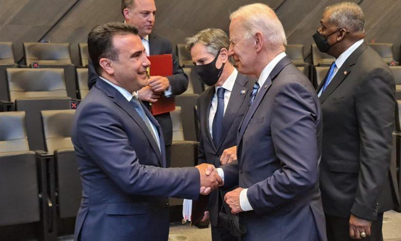 Заев се сретна со Бајден, го покани да ја посети Македонија