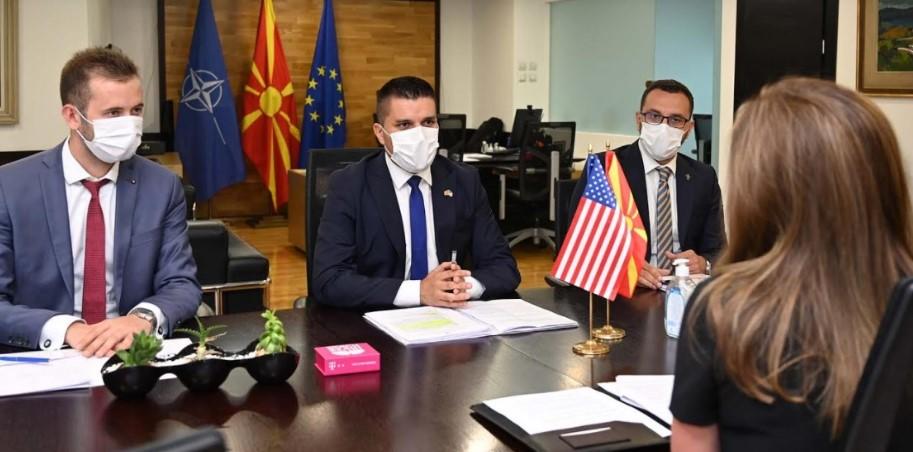 Николовски-Брнз: Актите на претседателот Бајден се охрабрувачки пораки за бескомпромисна борба против корупцијата