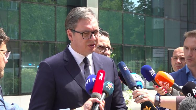 Вучиќ: Курти дојде да праша кога ќе го признаеме Косово, мојот одговор беше – никогаш