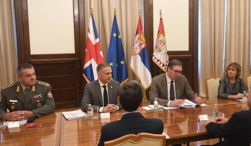 """Србија и Велика Британија потпишале договор за спротивставување на """"злонамерното влијание"""" на Русија"""