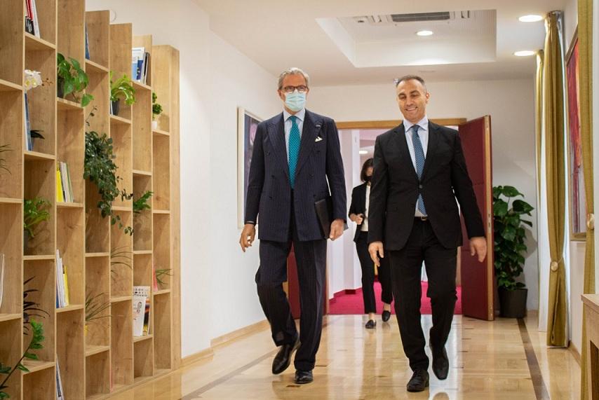 Груби се сретна со шефот на мисијата на ОБСЕ во Македонија