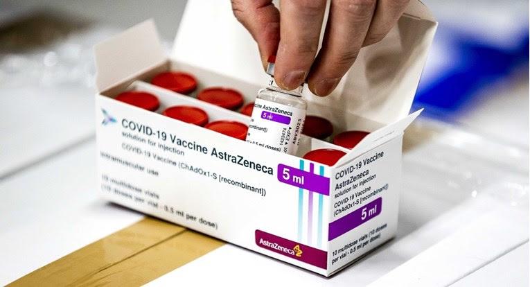Фаучи: САД се уште немаат одлука за влез на патници вакцинирани со АстраЗенека