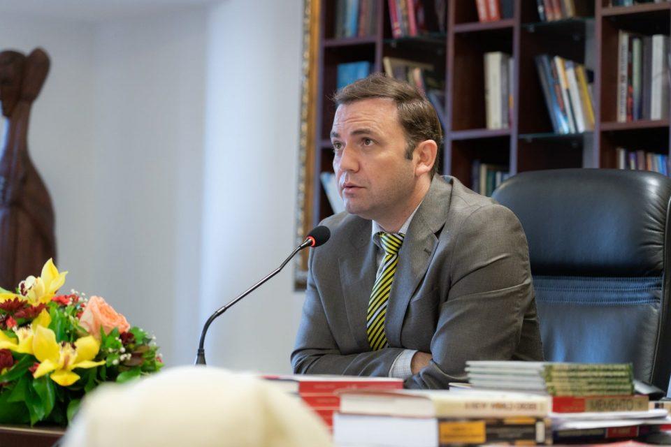 Османи: Подготвени сме за взаемно прифатливо решение со Бугарија, но не по секоја цена и на штета на државните интереси