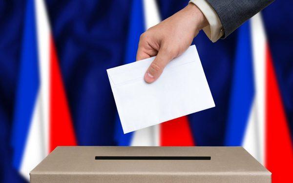 Во Франција се одржува прв круг од локалните избори