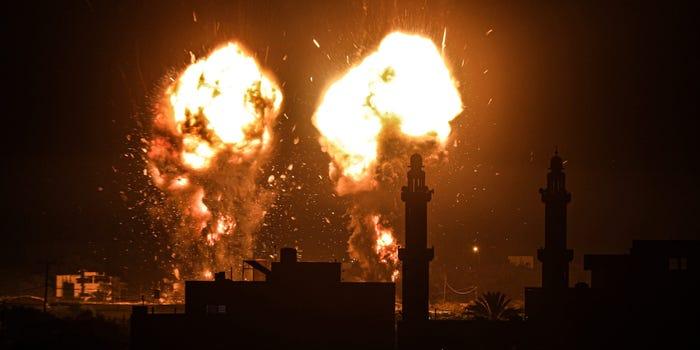 Израел уште еднаш ја нападна Газа по пуштањето запаливи балони