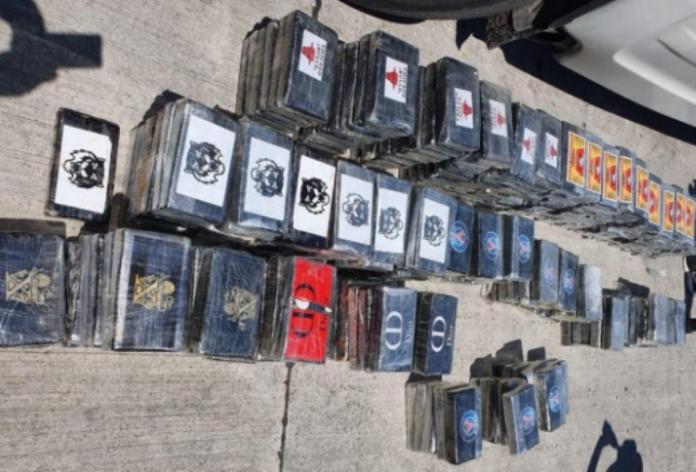 Во камион на македонски возач најдени 300 килoграми кокаин во Албанија