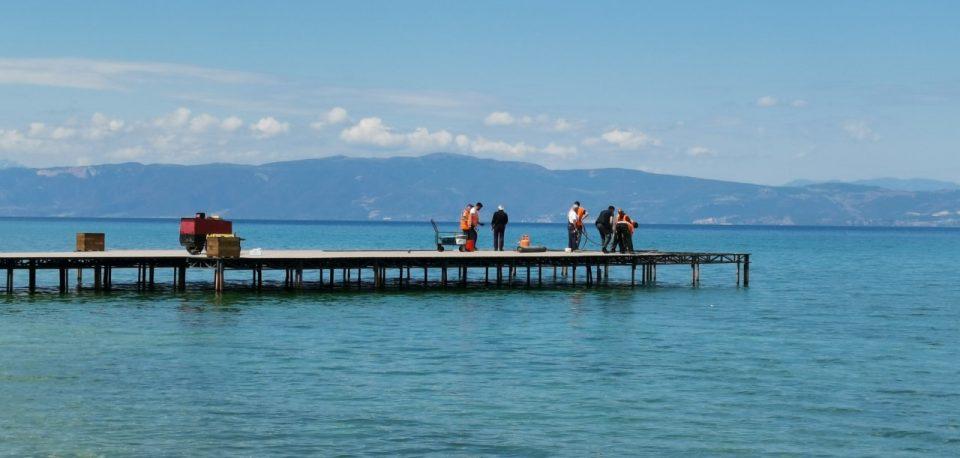 Спасен малолетник кој се давел во Охридското Езеро