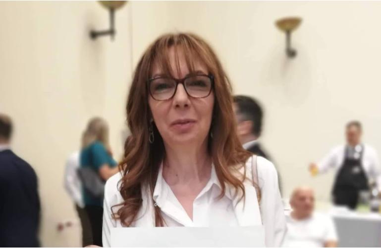 Македонската амбасадорка во Грција ќе ѝ ги предаде акредитивните писма на грчката претседателка