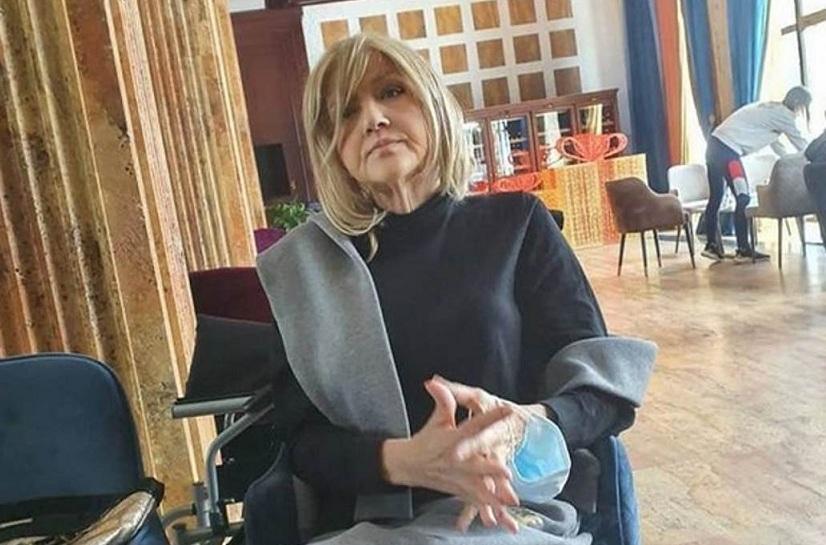 Марина Туцаковиќ: Не сакам ракот да ми биде се од животот, знам да се напијам чаша алкохол и да испушам цигара