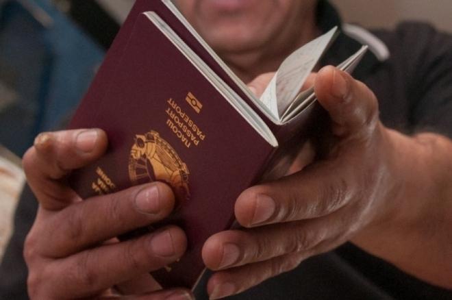 МВР тврди дека има обрасци за пасоши и лични карти