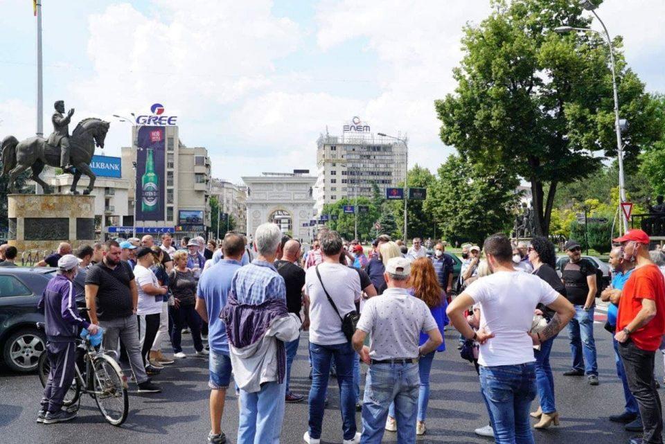 СДСМ: Поразени блокадите на Мицкоски