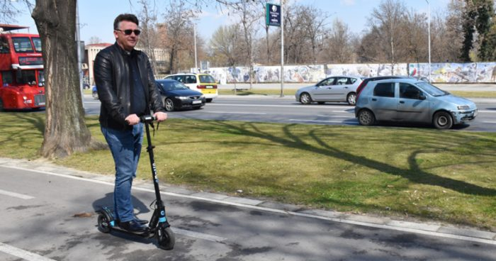 Нов ден, нова афера: Град Скопје и Шилегов ќе платат 50 илјади евра за 45 жардињери