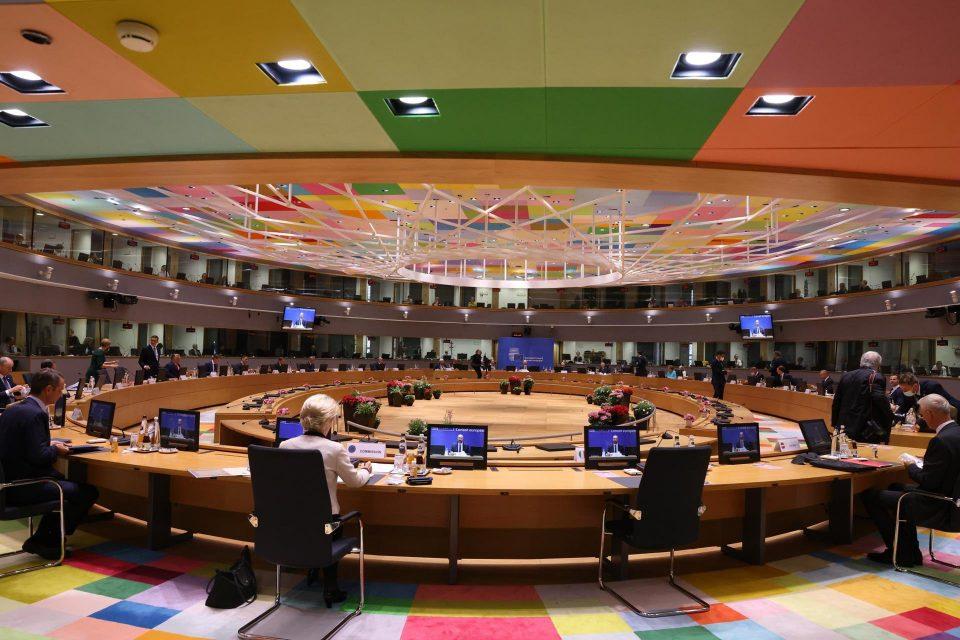 Корона на самитот на ЕУ: Премиерот на Луксембург позитивен на Ковид-19