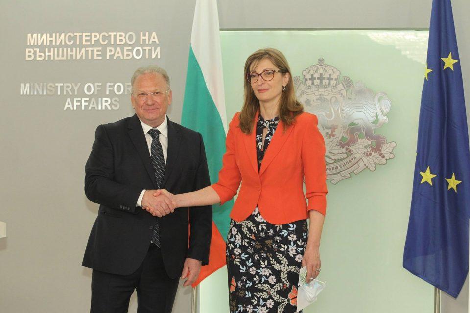 Стоев ги потврди изјавите на Мицкоски: Софија не отстапува од декларацијата и бара правни гаранции од Скопје
