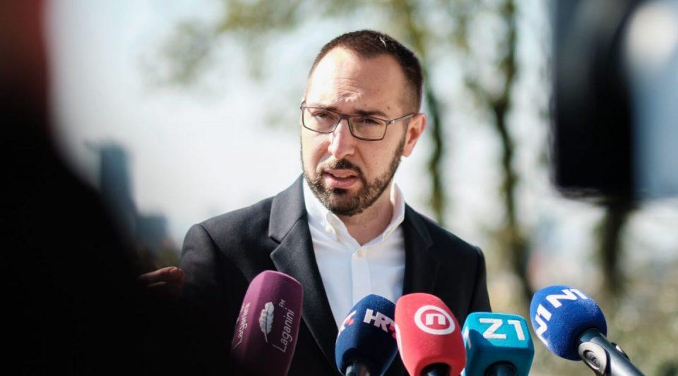 Хрватите гласаа за промени: Загреб и Сплит добија нови градоначалници