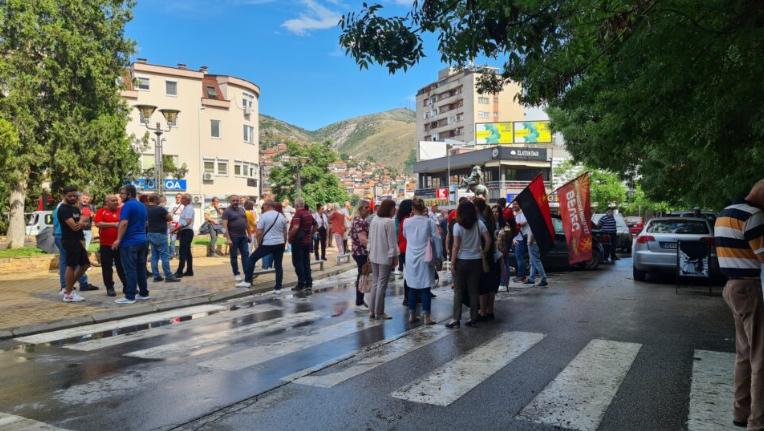 ВМРО-ДПМНЕ ги блокираше и улиците во Велес