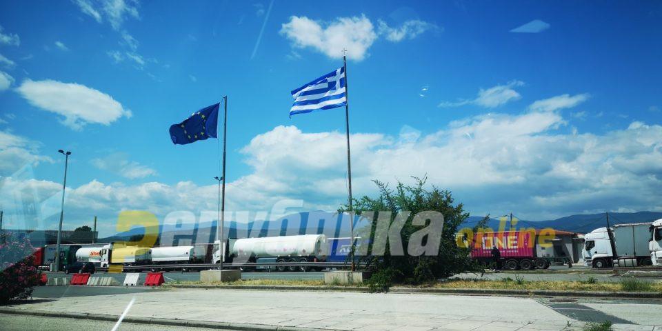 Од утре во Грција може да се влезе и со рапид тест