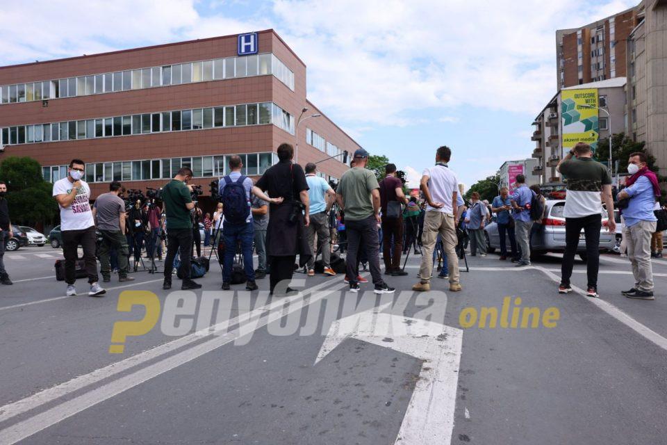 ЗНМ: Безбедноста на новинарите, фоторепортерите и снимателите на јавните протести мора да се гарантира