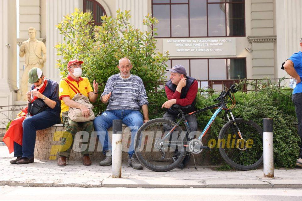 Активни 425 случаи, нема заболени од ковид-19 во седум градови низ Македонија