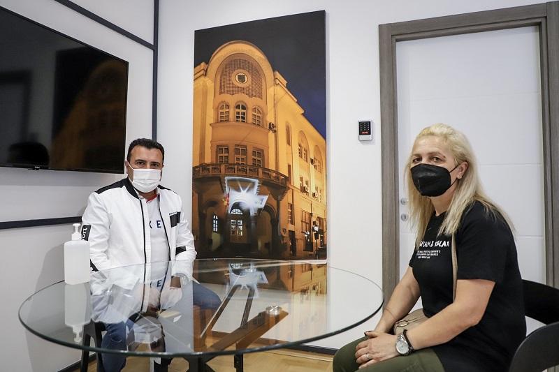 За викендите Заев ќе ги пречекува струмичани во канцеларија за непосреден контакт со граѓаните