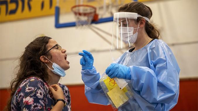 Во Израел првпат по четири месеци има повеќе од 2.000 заразени со ковид-19 за еден ден