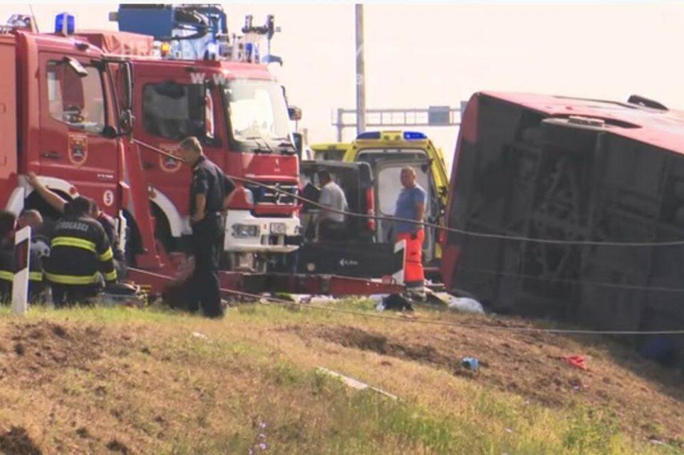 Возачот на косовскиот автобус во кој загинаа 10 лица се бранел со молчење