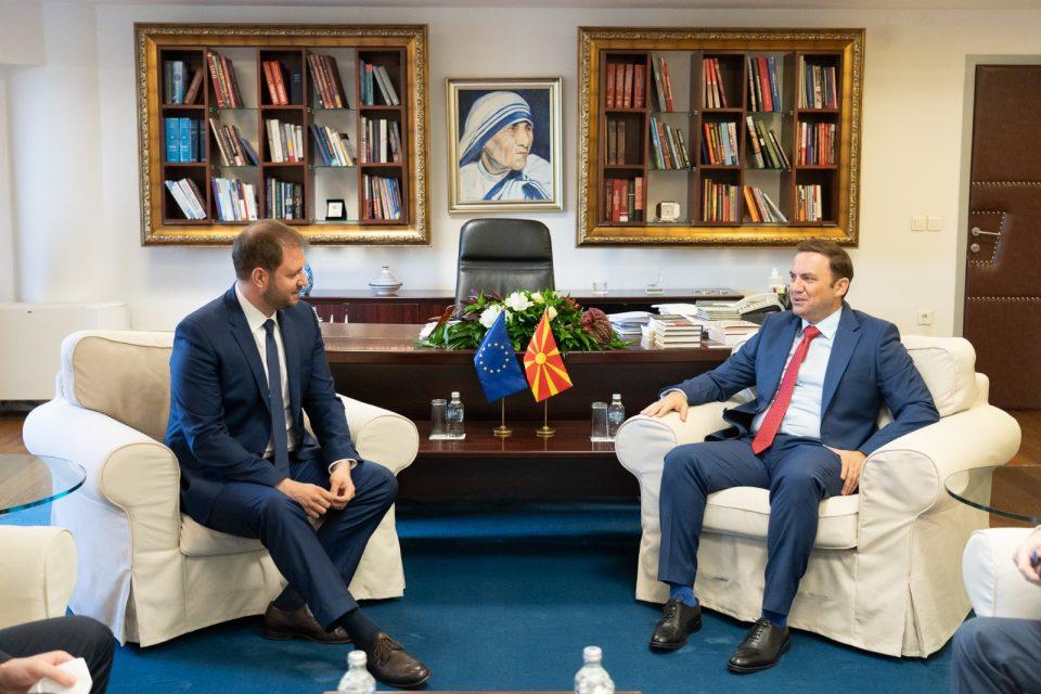 Eвропратеникот Сагарц ја реафирмираше поддршката на македонските евроинтеграции