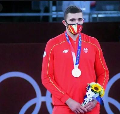 Во Србија среброто на Олимпијада чини 60.000 евра, кај нас двојно помалку