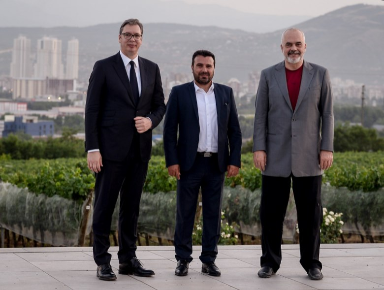 """""""Поврзан Балкан"""":  Што ќе договорат Вучиќ, Рама и Заев"""