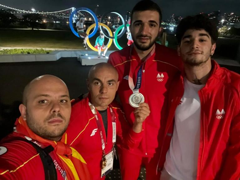 Тренерите на Георгиевски се откажаа од наградата: Таа целосно треба да биде насочена кон олимпискиот вицешампион, новата македонска гордост