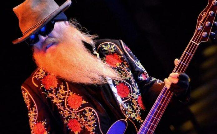 """Почина Дастин Хил, басистот на """"Зи зи топ"""""""
