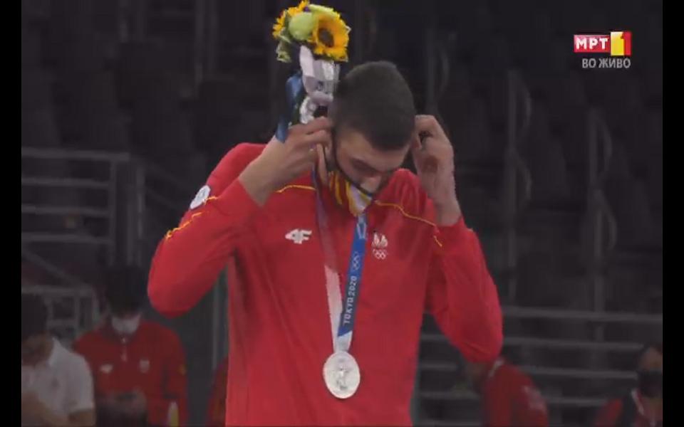 Дејан Георгиевски го доби олимпискиот медал