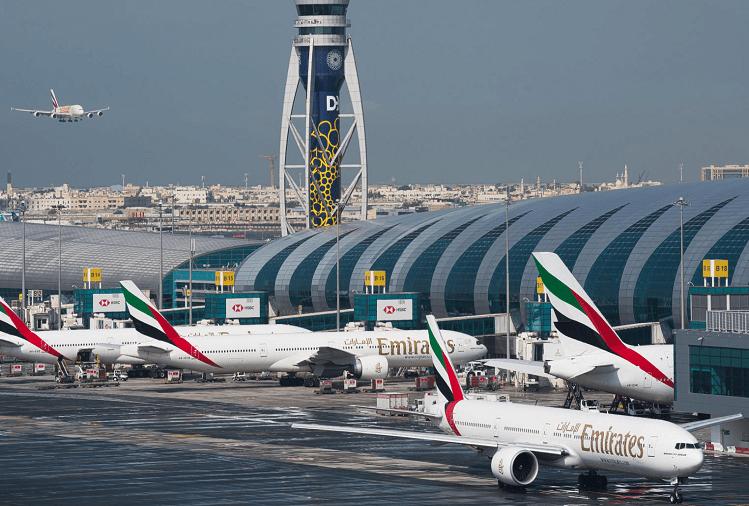 Два авиони се судрија на аеродромот во Дубаи