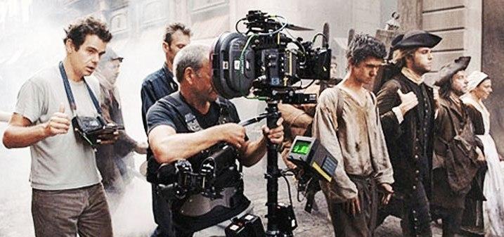 """Шпанија сака да ги привлече светските филмаџии: Премиерот Санчез најави """"европски Холивуд"""""""