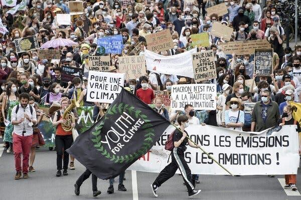 """Францускиот Парламент ќе носи закон за клима, невладините на протест зашто законот е """"премногу благ"""""""
